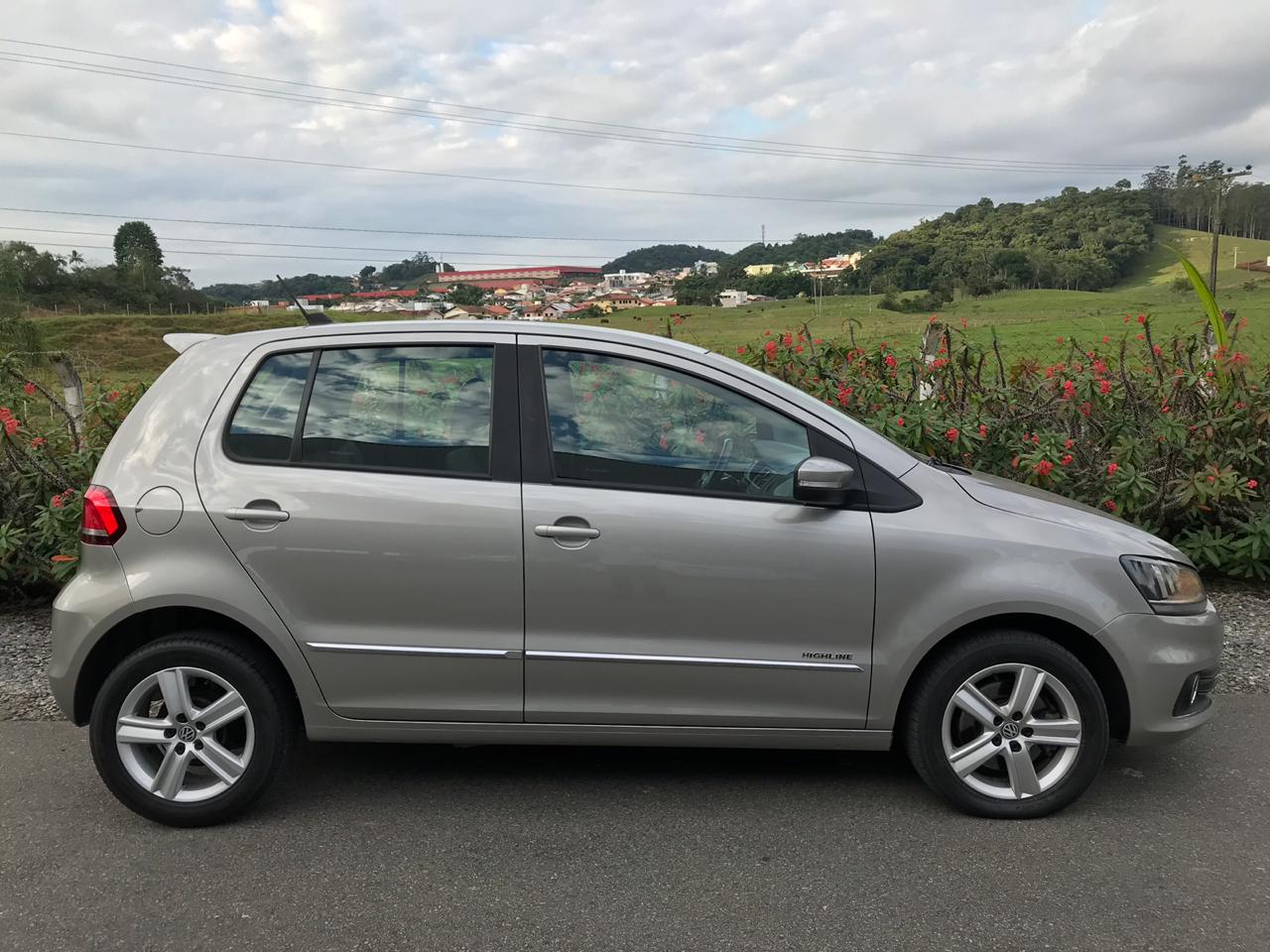 VOLKSWAGEN FOX HIGHLINE 1.6 2015