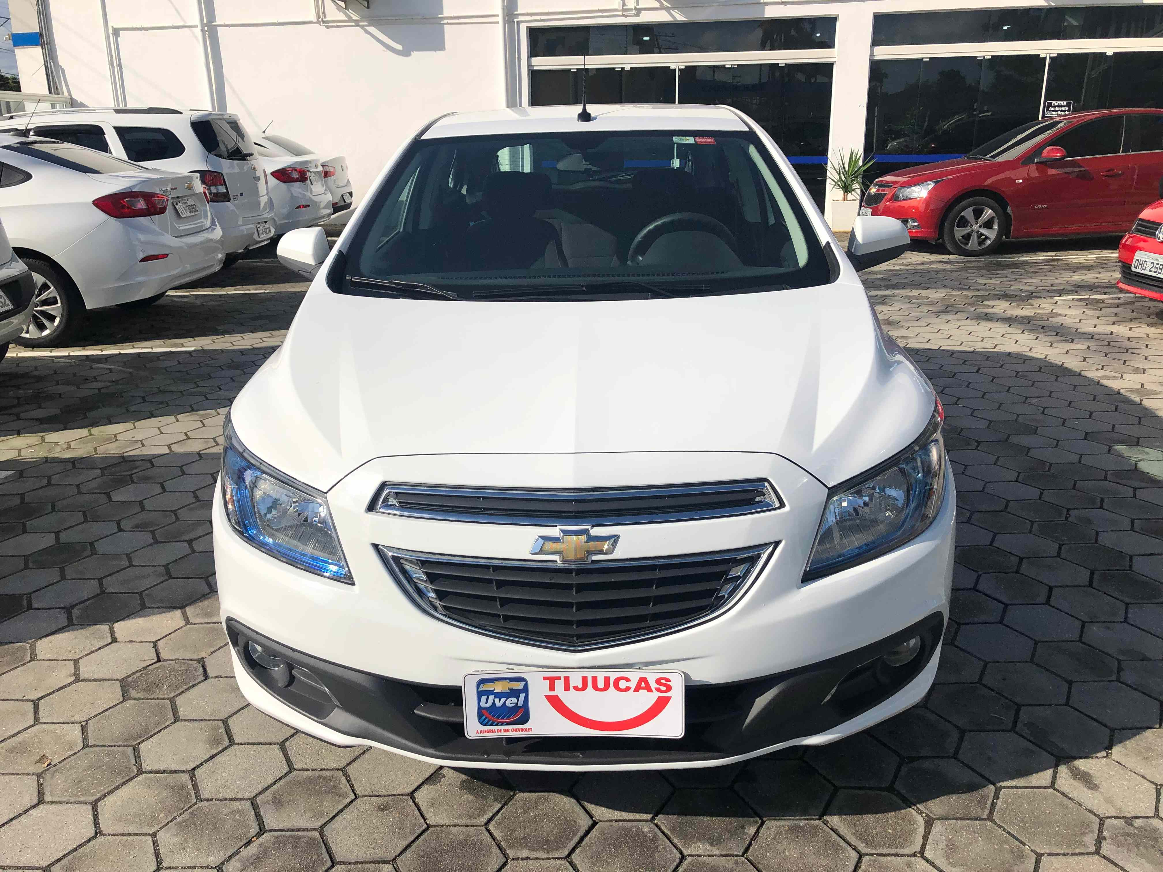 Chevrolet Onix LTZ 1.4L 2014