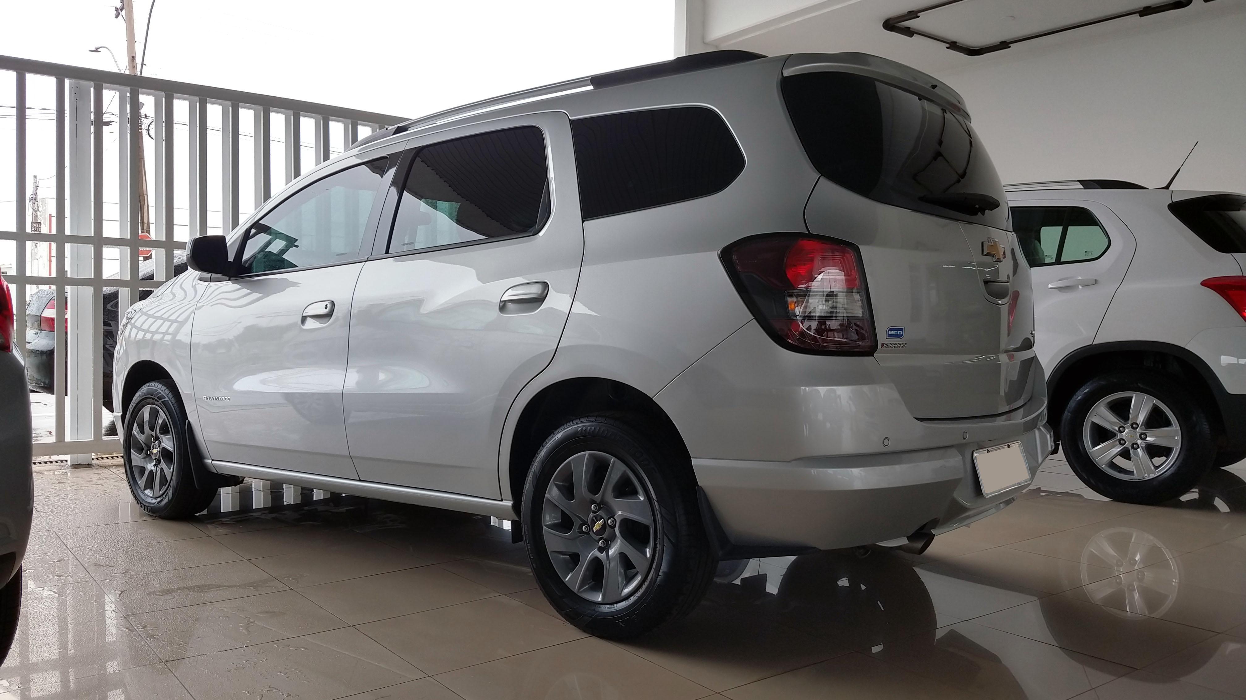 Chevrolet SPIN LT ADVANTAGE 1.8 2017