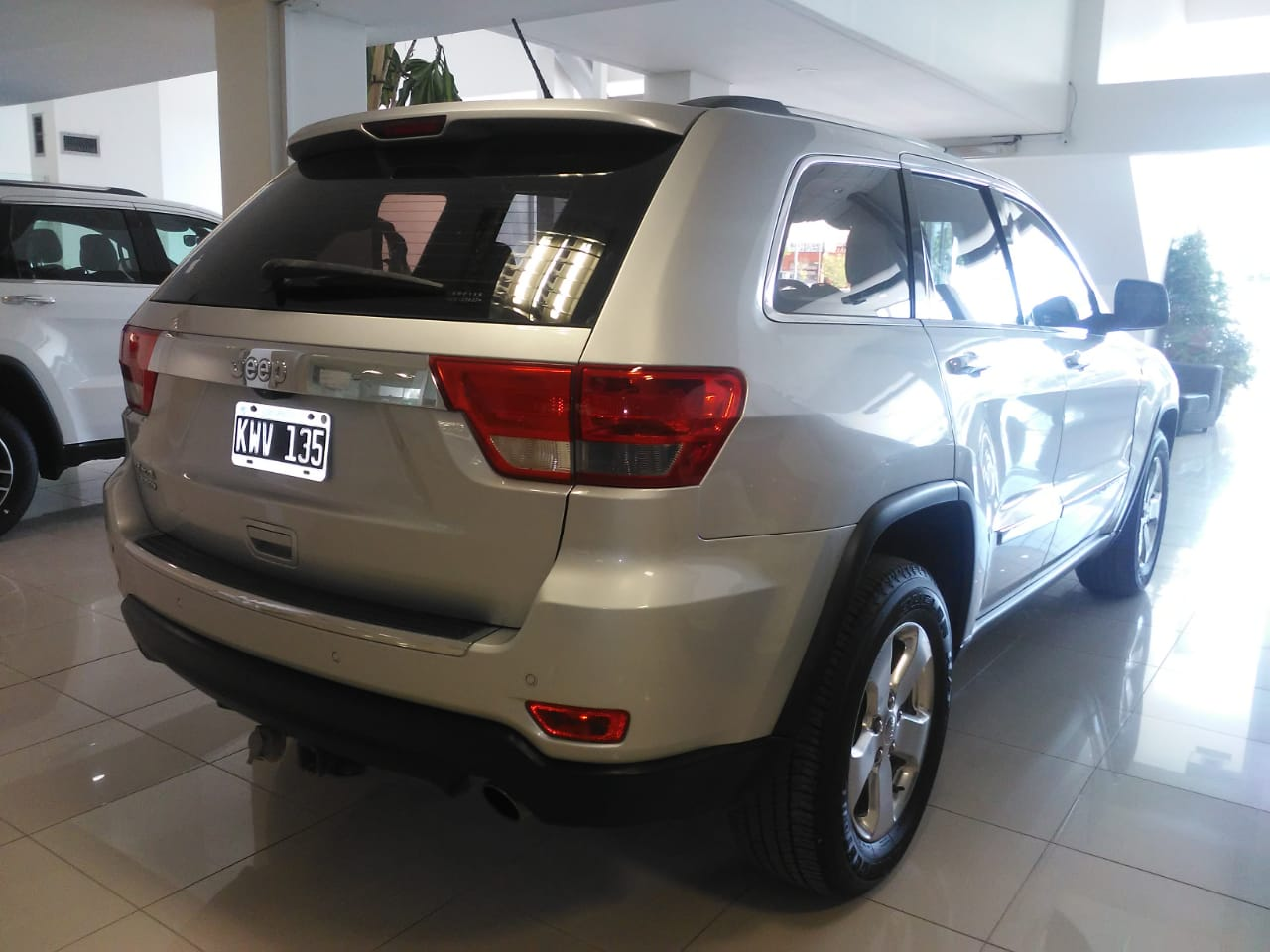 2012 JEEP GRAND CHEROKEE LIMITED AT 3.6