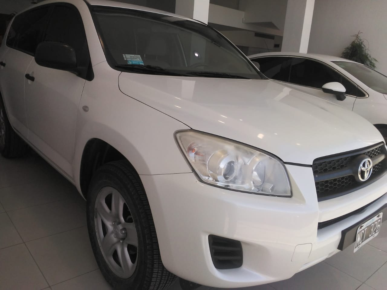 2013 TOYOTA RAV4 4X2 AT 2.4