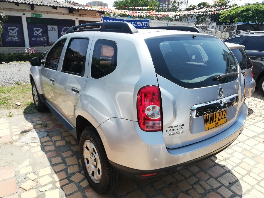 2013 RENAULT DUSTER EXPRESSION MT PASAJEROS 1.6L