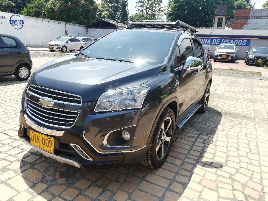 2017 CHEVROLET TRACKER FWD LT AT PASAJEROS 1.8L