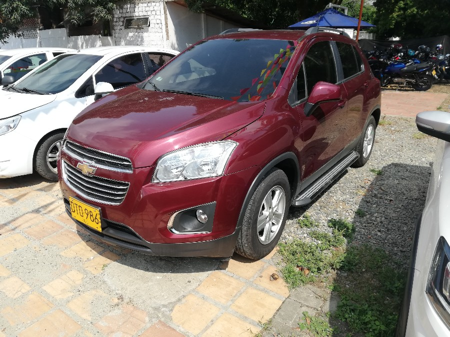 2018 CHEVROLET TRACKER LT AT MCM PASAJEROS 1.8L