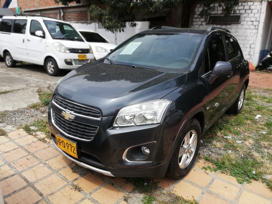 2014 CHEVROLET TRACKER FWD LT AT PASAJEROS 1.8L
