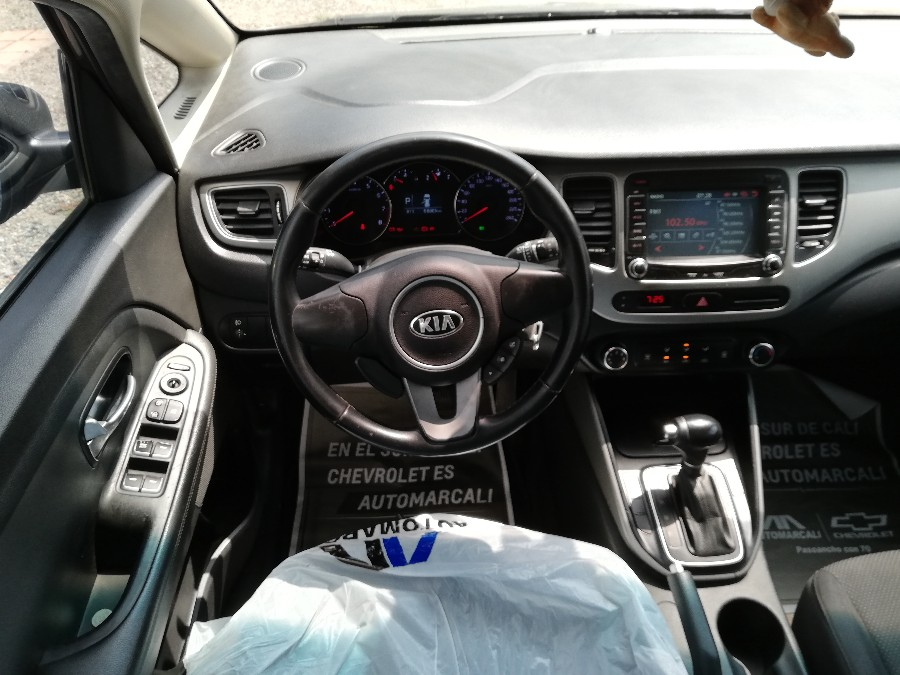 2016 KIA CARENS SUV EX PASAJEROS 2.0L