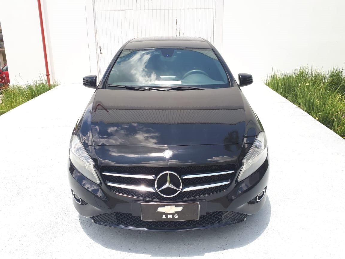 MERCEDES BENZ A200 1.6 TURBO 2014