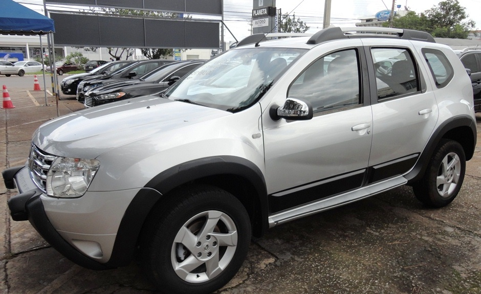 RENAULT DUSTER 4X2 2.0 2014