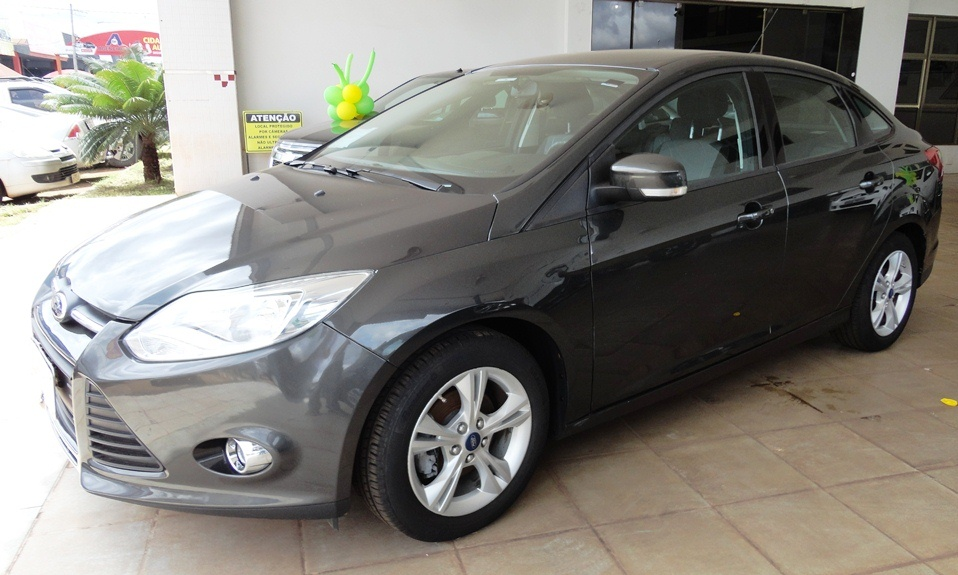 FORD FOCUS S 1.6 2013