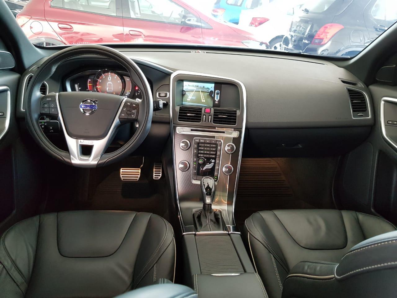 VOLVO XC60 2.0T5 R DES 2.0 2015