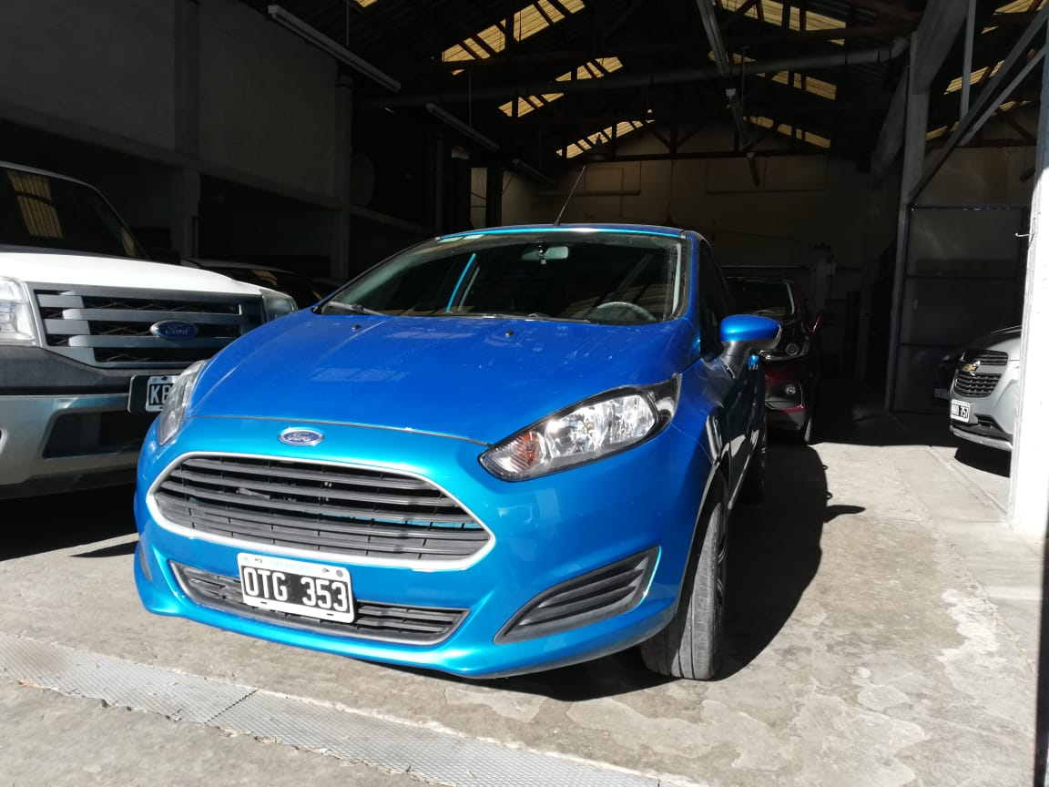 2015 Ford Fiesta S 1.6