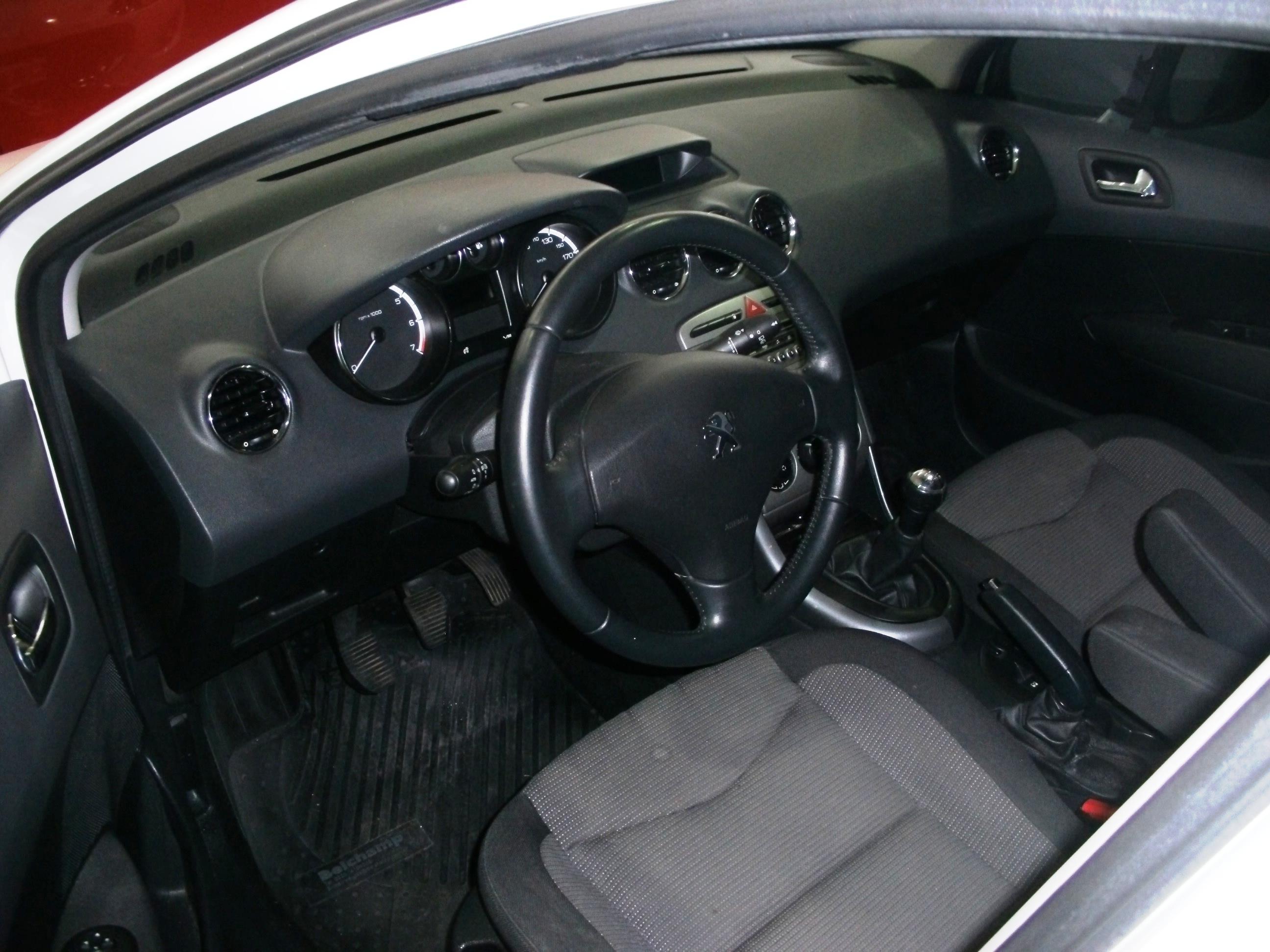 2013 Peugeot 308 Allure 1.6