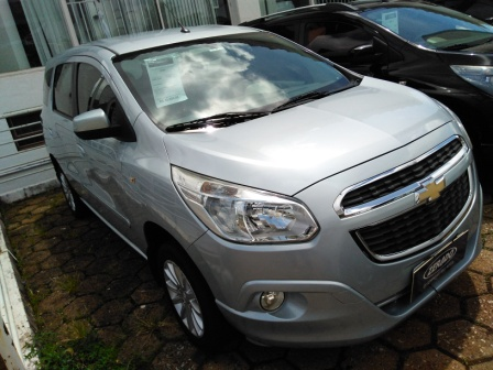 CHEVROLET SPIN 1.8L AT LT 1.8 2013