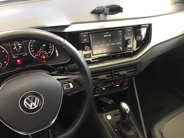 Volkswagen Virtus Highline 200 TSI 1.0 2018