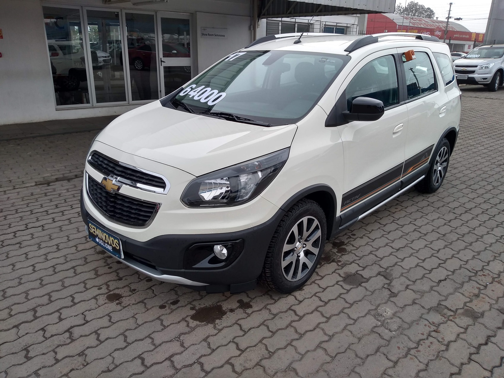 CHEVROLET SPIN ACTIVE . 1.8 2016