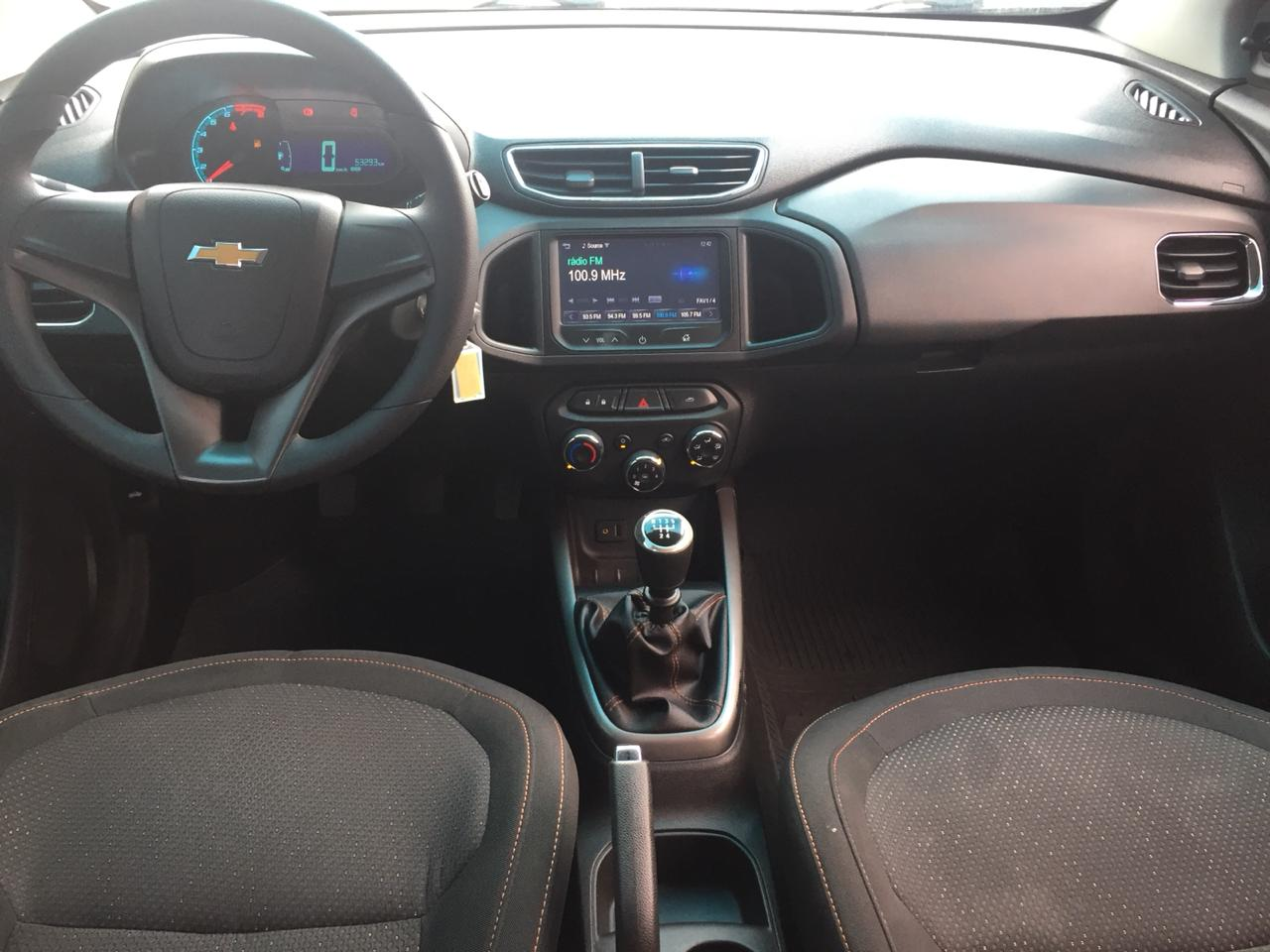 CHEVROLET ONIX HATCH LT . 1.4 2015