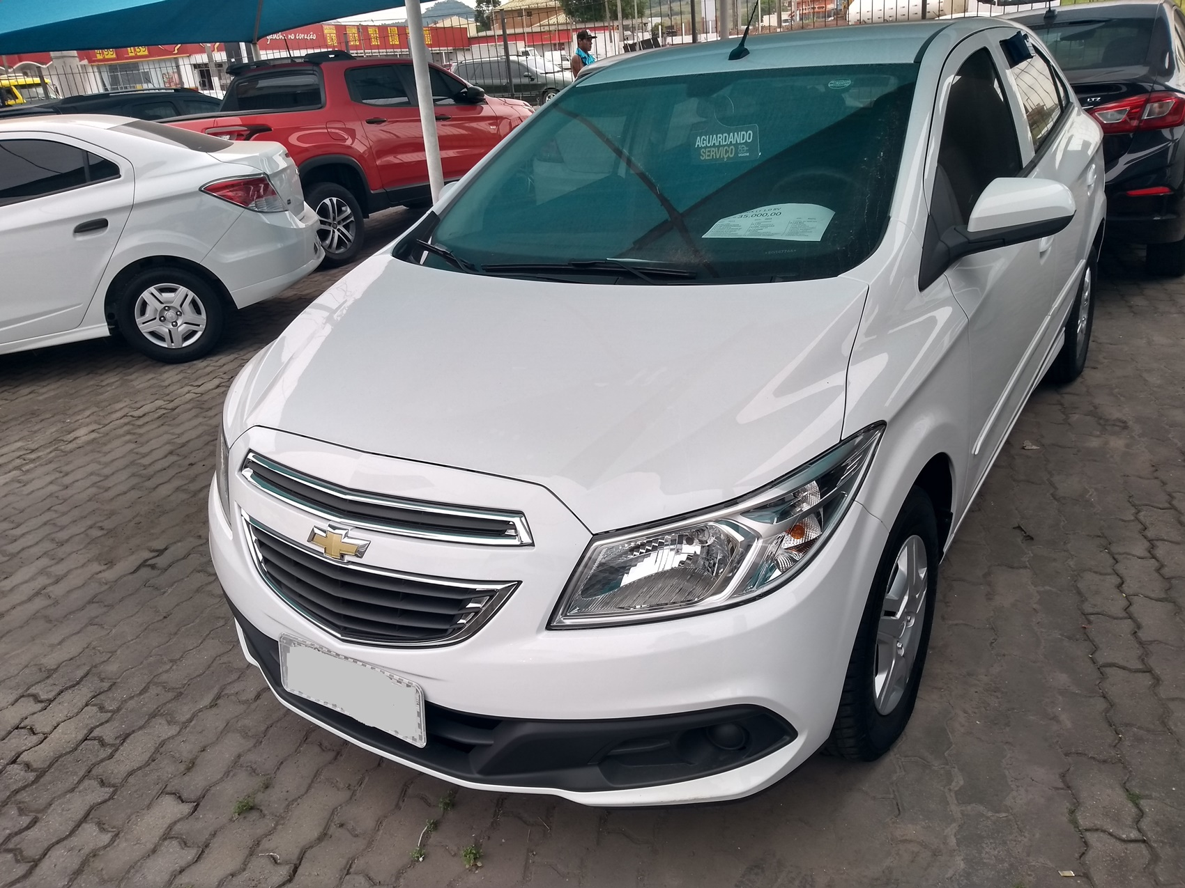 CHEVROLET ONIX HATCH LT . 1.0 2013