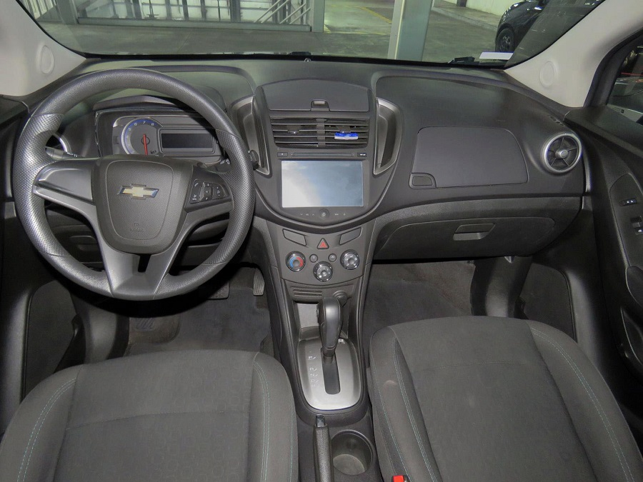 2015 CHEVROLET TRACKER LS AT PASAJEROS 1.8L
