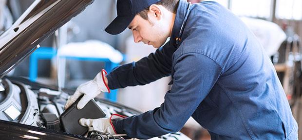 Serviços de manutenção e reparo para revisão de carros na concessionária Chevrolet Contorno