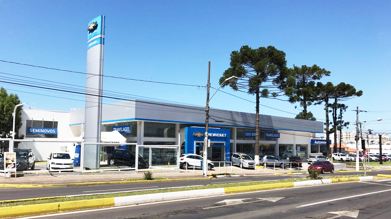 Fachada da concessionária Chevrolet Autoshow Lages. Conheça a história, onde estamos e entre em contato.