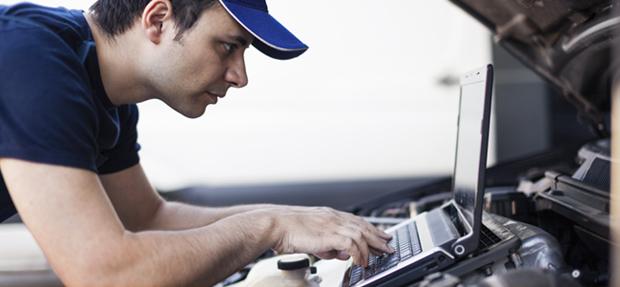 Serviços de manutenção e reparo para revisão de carros na concessionária Chevrolet Nova Globo