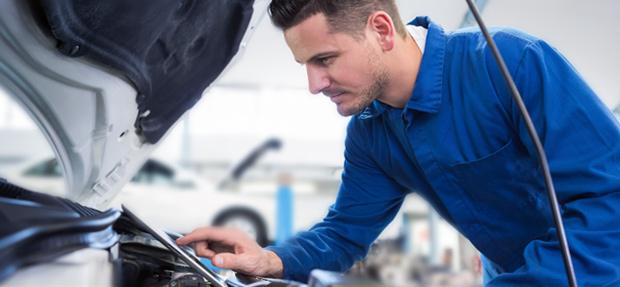 Serviços de manutenção e reparo para revisão de carros na concessionária Chevrolet Adara