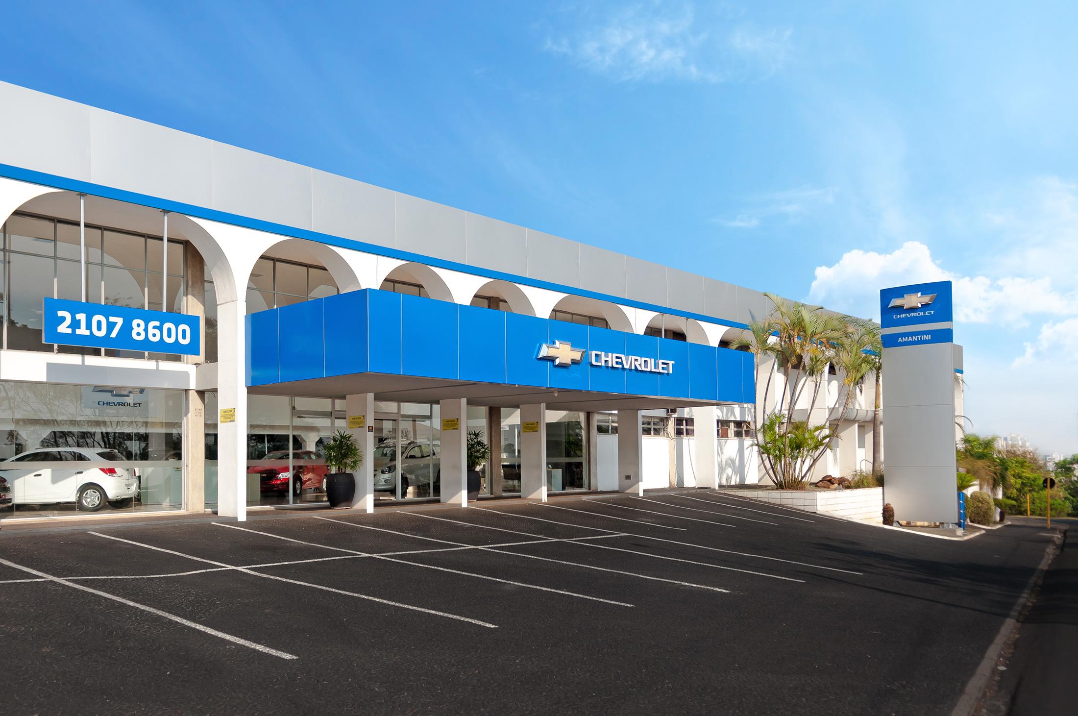 Fachada concessionária Chevrolet Amantini
