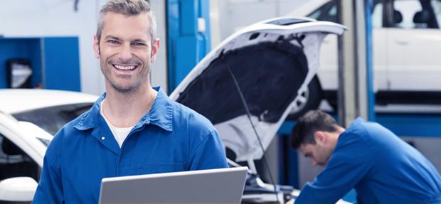 Serviços de manutenção e reparo para revisão de carros na concessionária Chevrolet Amantini