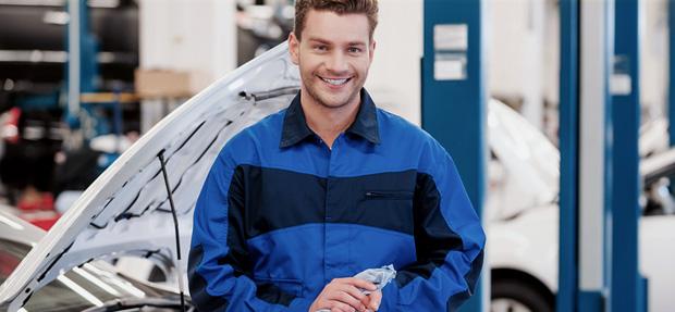 Serviços de manutenção e reparo para revisão de carros na concessionária Chevrolet Lagoa