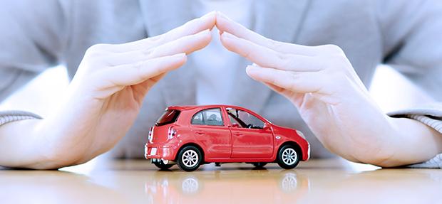 Carro com o Seguro Auto concessionária Chevrolet Oeste