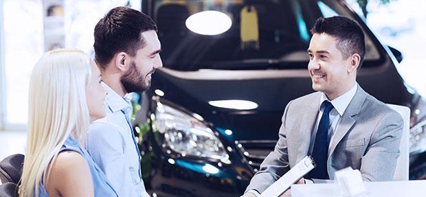 Comprar carro novo ou trocar seminovo consórcio de carros na concessionária Chevrolet Planeta