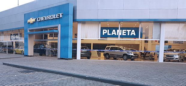 Fachada concessionária Chevrolet Planeta.