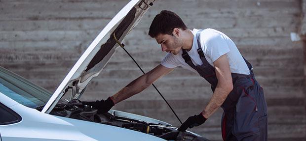 Serviços de manutenção e reparo para revisão de carros na concessionária Chevrolet Dirija