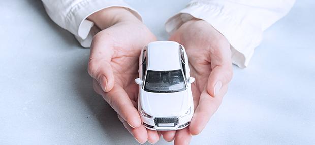 Carro com o Seguro Auto concessionária Chevrolet Cical