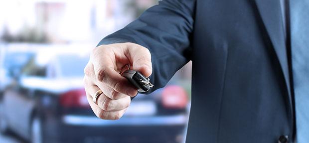 Comprar carros especiais Vendas diretas na concessionária Chevrolet Nicola