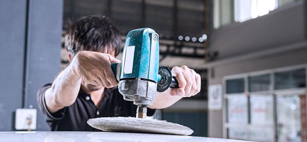 Serviços de manutenção e reparo para revisão de carros na concessionária Chevrolet Nicola