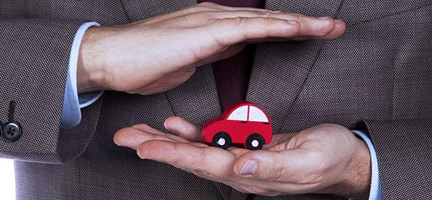 Carro com o Seguro Auto concessionária Chevrolet Dafonte