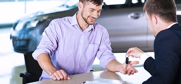 Comprar carro novo ou trocar seminovo consórcio de carros concessionária Chevrolet na Sempre de Goiânia