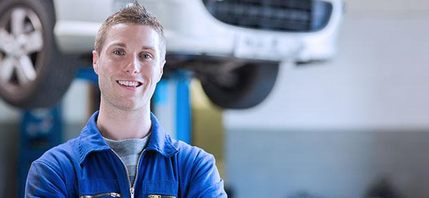 Serviços de manutenção e reparo para revisão de carros na concessionária Chevrolet Autobelo