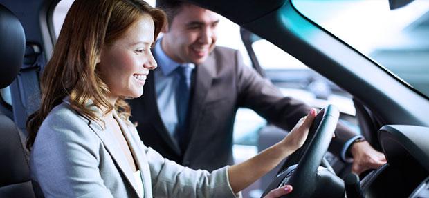 Comprar carros especiais Vendas diretas na concessionária Chevrolet Kolina