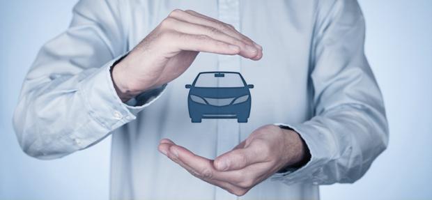 Carro com o Seguro Auto concessionária Chevrolet Uglione