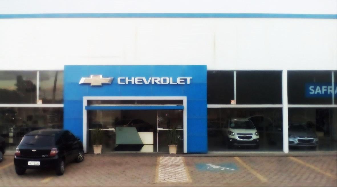 Fachada da concessionária Chevrolet Safra. Conheça a história, onde estamos e entre em contato.