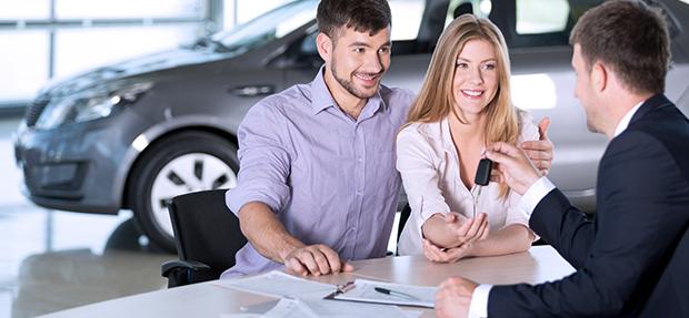 Comprar carro novo ou trocar seminovo consórcio de carros concessionária Chevrolet CVC